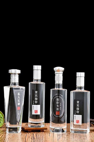 晶白酒瓶- 016