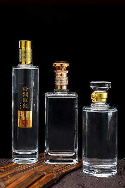 晶白酒瓶- 019
